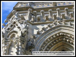 Notre Dame in Paris. www.mommakingmemories.com