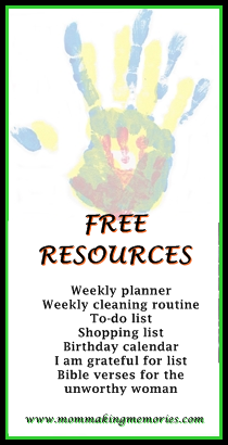 Check out these free resources at www.mommakingmemories.com