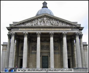 Pantheon in Paris. www.mommakingmemories.com