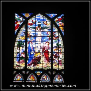 Beautiful window in Paris. www.mommakingmemories.com