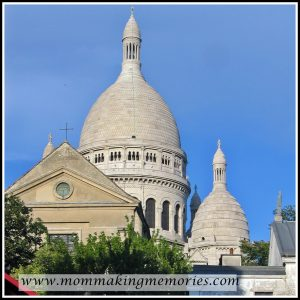 Sacre Couer in Paris. www.mommakingmemories.com